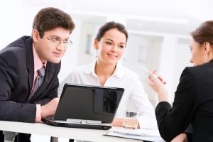 Verfasst ein Rechtsanwalt eine Abmahnung samt Unterlassungserklärung, ist Schadensersatz meist ein geltend gemachter Anspruch.