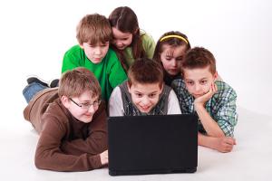 Abmahnungen gehen meist mit der Abgabe einer Unterlassungserklärung im Internet einher.