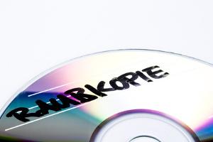 Das Urheberrecht bestimmt, ob die Kopie legal oder eine Raubkopie ist.